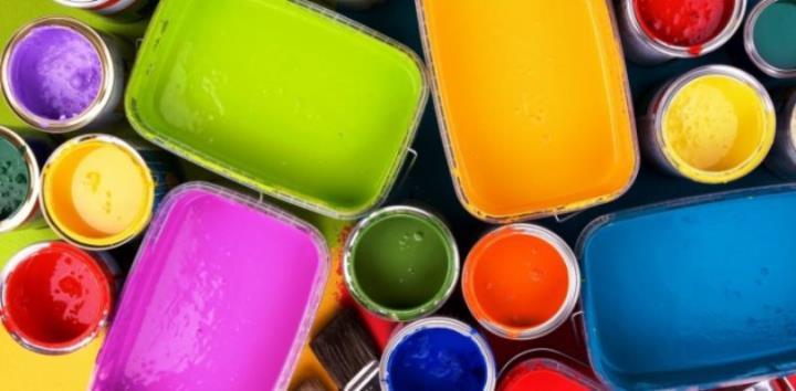 Чем красить деревянную лестницу