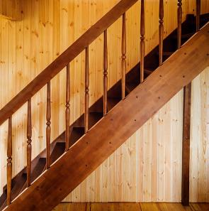 Деревянные лестницы Уфа - свойства дерева