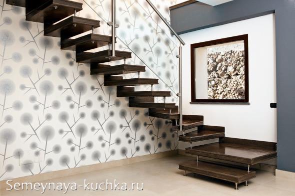 лестница с висячими ступеньками