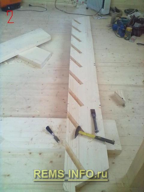 Делаем лестницу на второй этаж своими руками из дерева - тетива с выборкой под ступени.