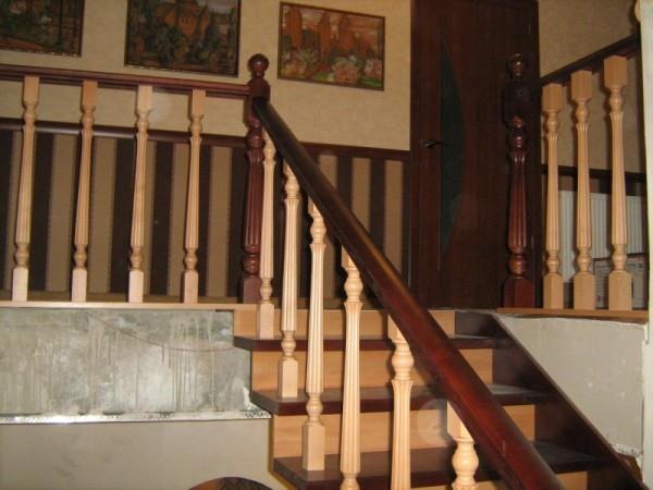 Обшивка лестниц деревом