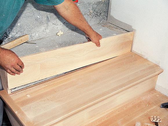 обивка лестницы из бетона деревом