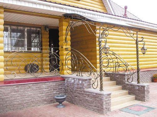 vxodnye_lestnicy_dlya_zagorodnogo_doma_08
