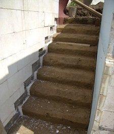 Подвальная лестница своими руками