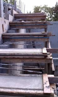 заливка висячей лестницы