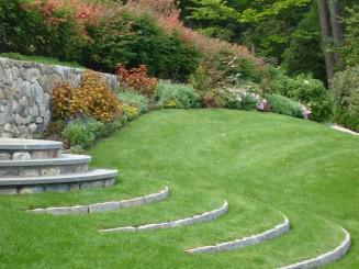 Вариант садовых ступеней
