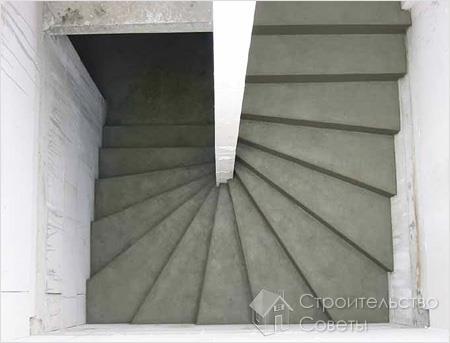 Основные достоинства лестниц из бетона