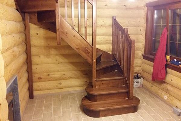 красивая лестница в доме