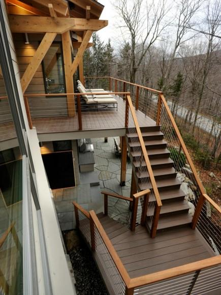 09-DH2011_wood-deck-stairs-terrace_s3x4_v.jpg.rend.hgtvcom.1280.1707