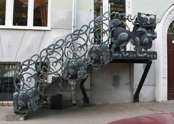 Ограждение металлической лестницы