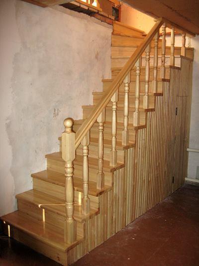 маршевая лестница из сосны