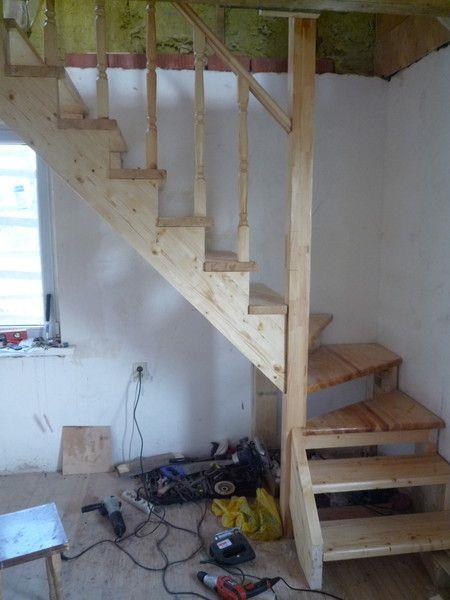 Готовая, поворотная лестница