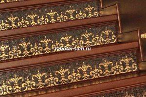 Подступенки деревянной лестницы