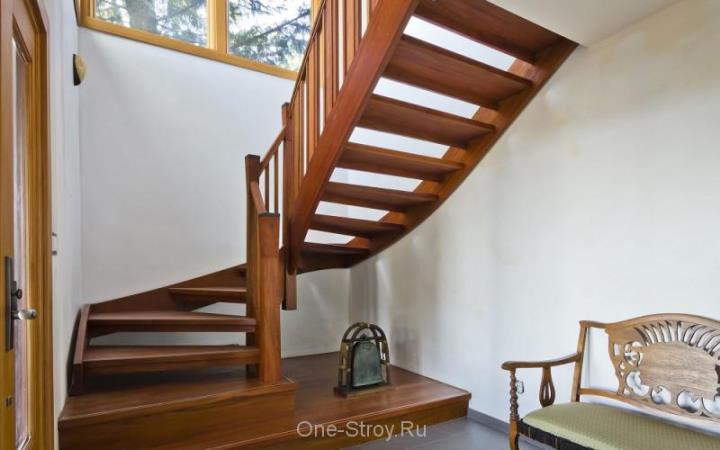 Как выбрать интерьерную лестницу
