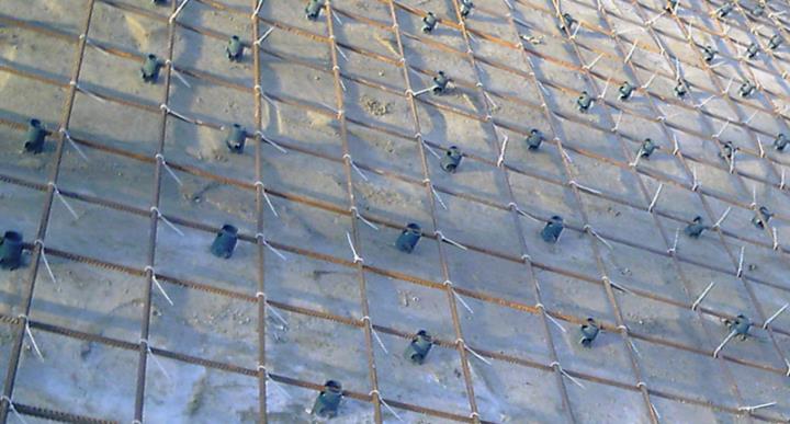 Связка арматуры пластиковыми хомутами