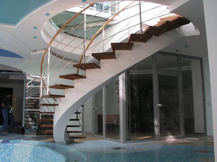 Монолитные лестницы в Белгороде