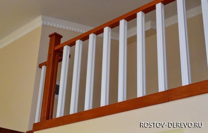 деревянное ограждение лестницы из бука