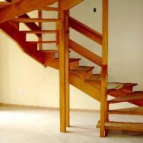Как сделать и как закрепить деревянные ступени для лестницы?