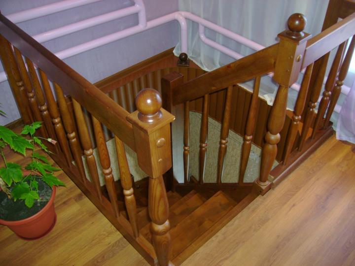Ограждения деревянной лестницы